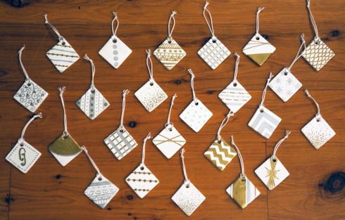 24 ornaments via yearofserendipity