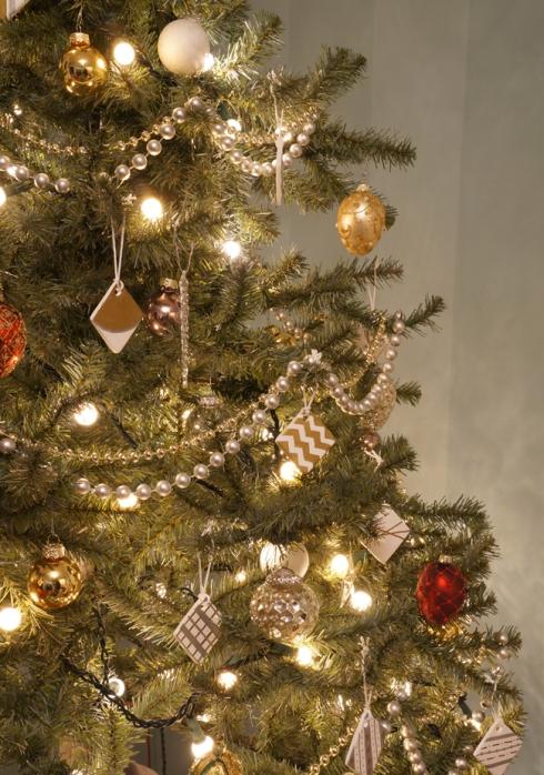 ornaments closeup via yearofserendipity