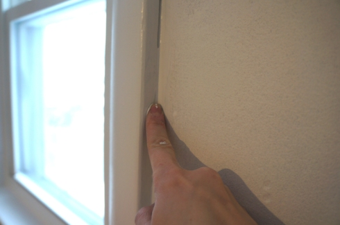 trim caulk finger