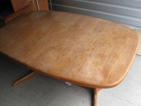 cl mcm dining table