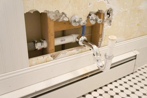w8 bathroom plumbing